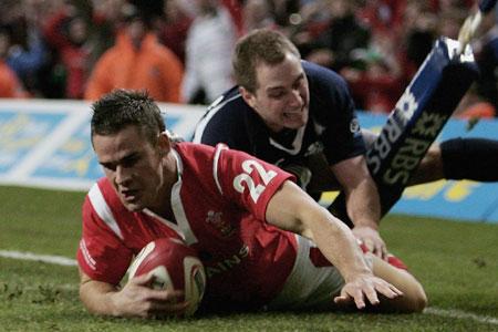 Welsh return to winning ways