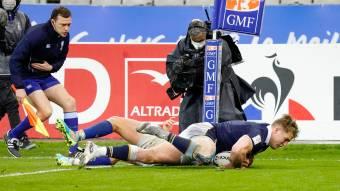 Duhan van der Merwe scores at the death against France