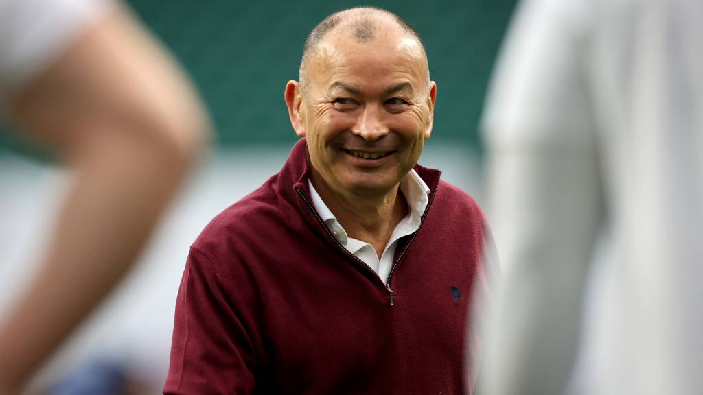 Eddie Jones has called up Louis Lynagh among eight uncapped players